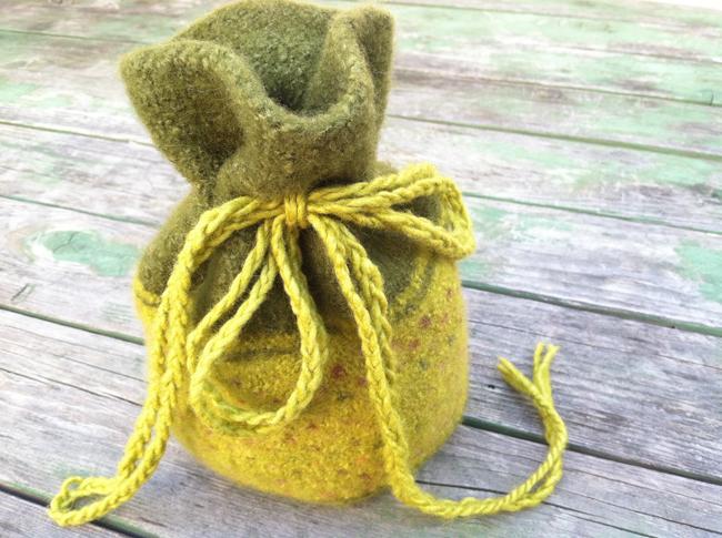 650 knit-felt bag